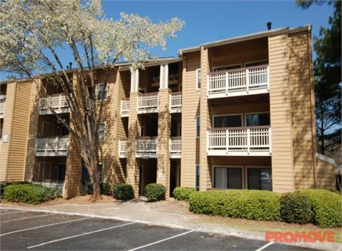 Edgewater at Sandy Springs Apartments
