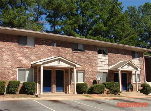Southern Trace Apartments